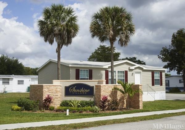 Sunshine Village Mobile Home Park in Davie, FL