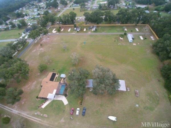 Photo of Gateway Mobile Home Community, Belleview, FL