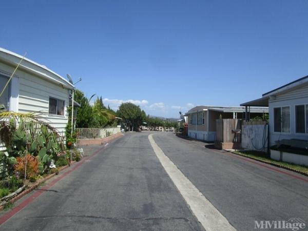 Photo of Vista Manor Mobile Home Park, Vista, CA