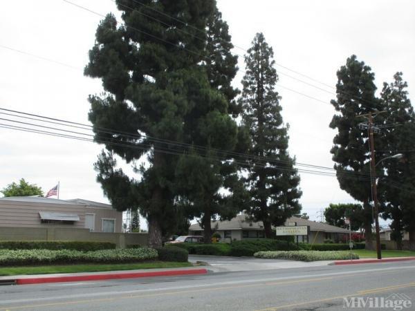Photo 0 of 2 of park located at 16600 Orange Avenue Paramount, CA 90723