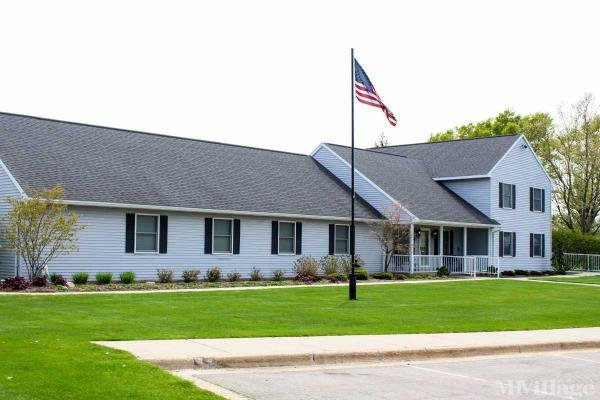 Cadgewith Farms Mobile Home Park in Lansing, MI