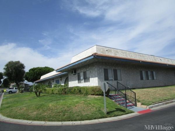 Photo of Santiago Parkside Estates, Rialto, CA
