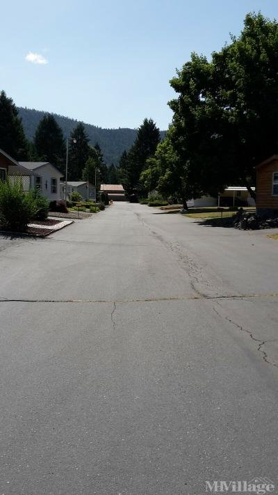 Mobile Home Park in Cave Junction OR