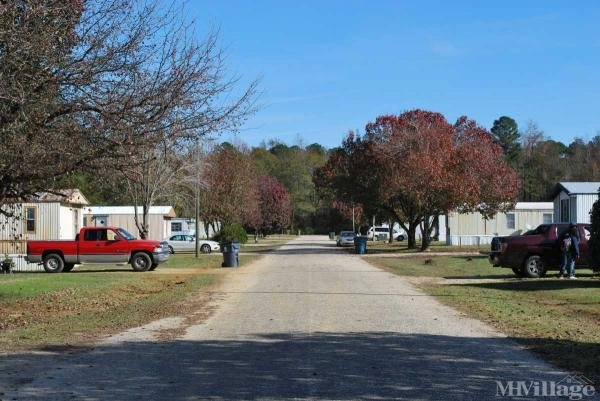 Photo of Lillington Village Mobile Home Community, Lillington, NC