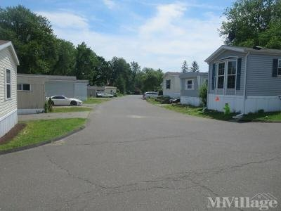 Mobile Home Park in Danbury CT