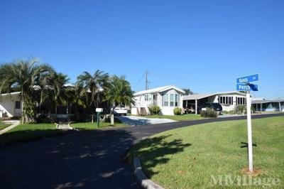 Cypress Shores street view