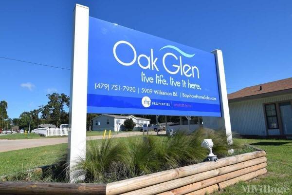 Oak Glen Mobile Home Park in Fayetteville, AR