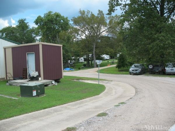 Photo of Rolling Fork RV and Mobile Home Park, Emory, TX