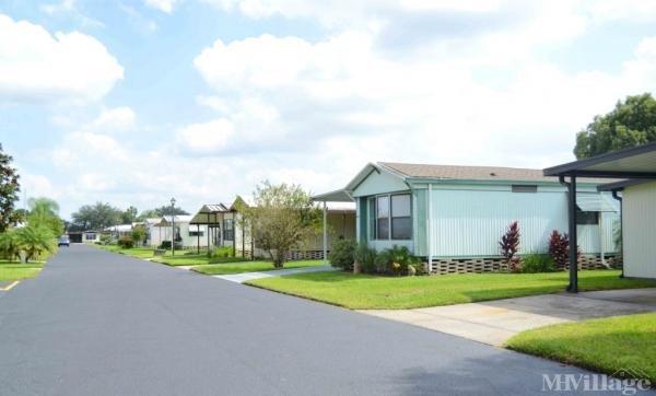 Hidden Cove Mobile Home Park in Winter Haven, FL