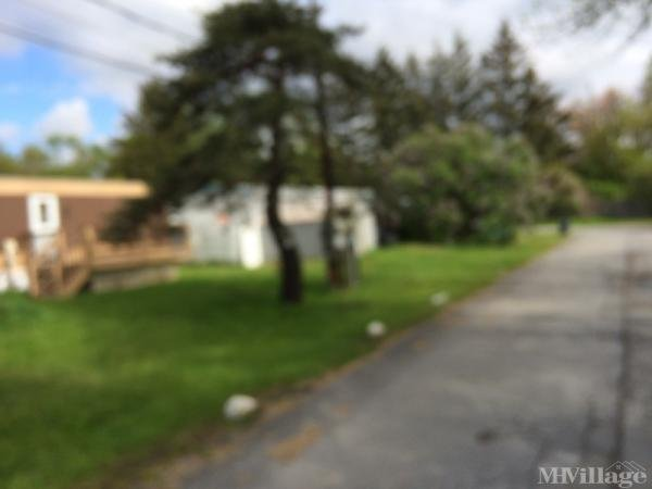 Photo 0 of 2 of park located at Ballards Mobile Home Ct Cohoes, NY 12047