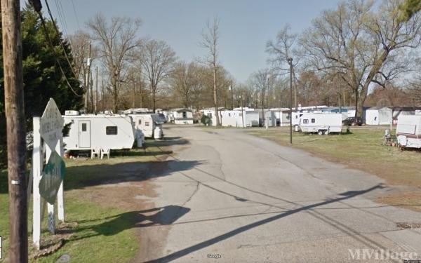 Photo of Davis Mobile Home Park, Newport News, VA