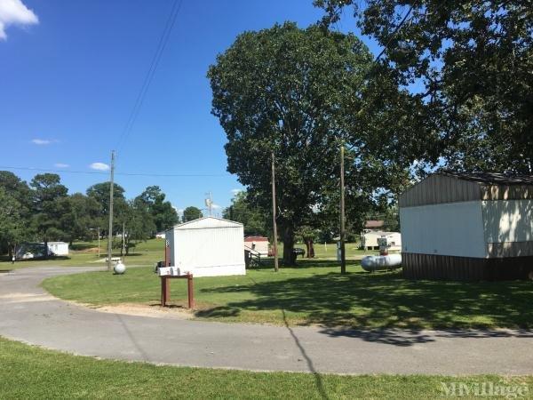 Barron Residential Rentals Mobile Home Park in Rainsville, AL