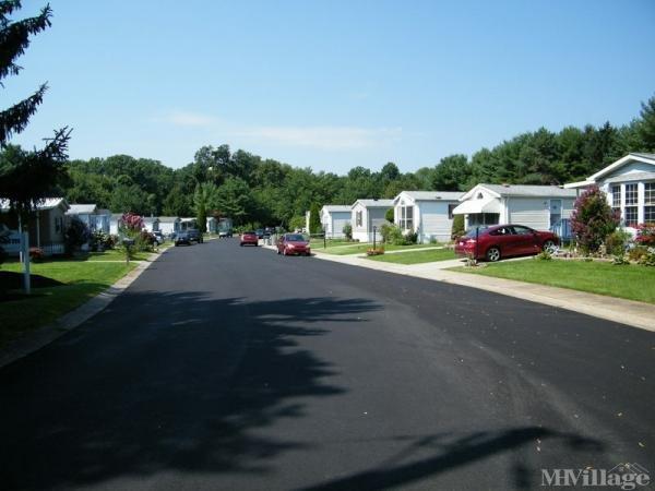 Salem Farm Manufactured Home Community Mobile Home Park in Bensalem, PA