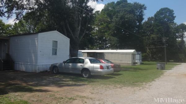 Homestead Community Mobile Home Park in Rogersville, AL