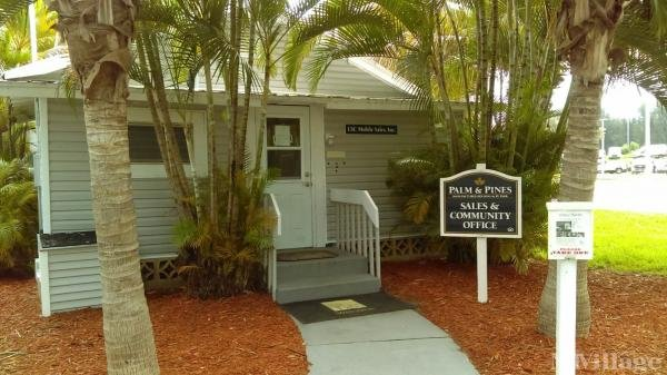 Photo of Palm and Pines Mobile Home Park, Nokomis, FL
