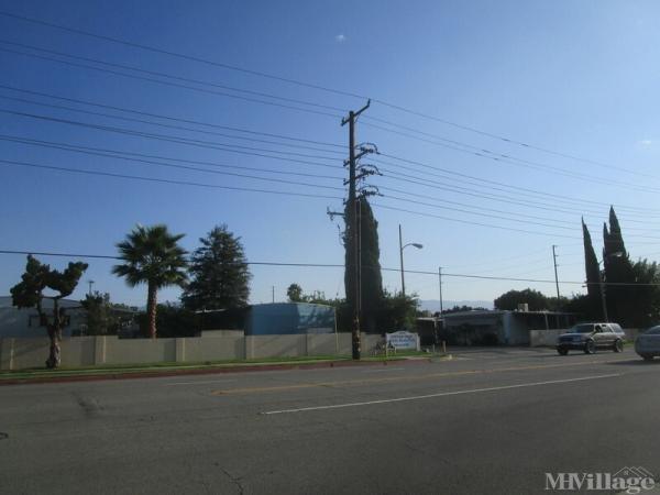 Photo of Pepper Tree Mobile Home Park, Rialto, CA