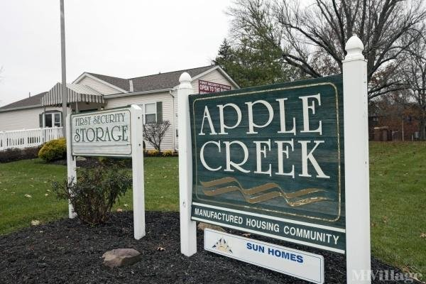 Apple Creek Mobile Home Park in Amelia, OH