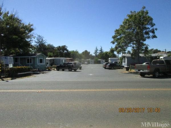 Photo of Cobble Ridge Mobile Home Park, Folsom, CA