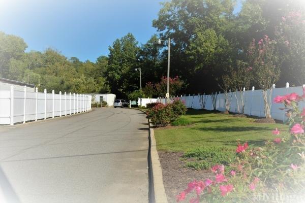 Photo of Gibson Mobile Home Estates, Williamsburg, VA