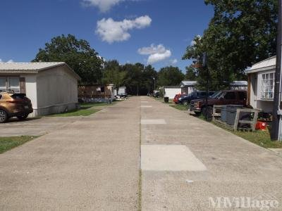 Mobile Home Park in Hitchcock TX