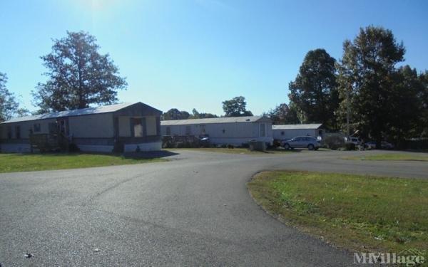 Photo of Hull's Mobile Home Estate, Bedford, VA