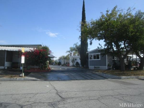 Photo of Azusa Mobile Home Park, Azusa, CA
