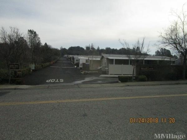 Photo of Golden Chain Mobile Home Park, Auburn, CA