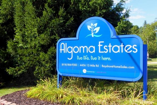 Algoma Estates Mobile Home Park in Rockford, MI