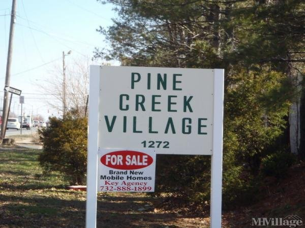 Pine Creek Village Mobile Home Park in Hazlet, NJ