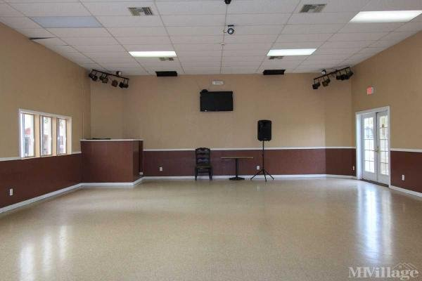 Large Community room with DJ Booth