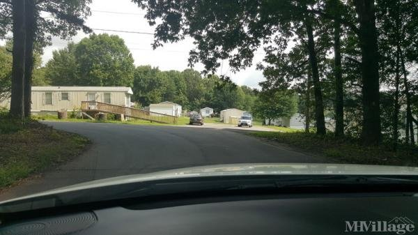 Photo of Green Acres Mobile Home Park, Hickory, NC