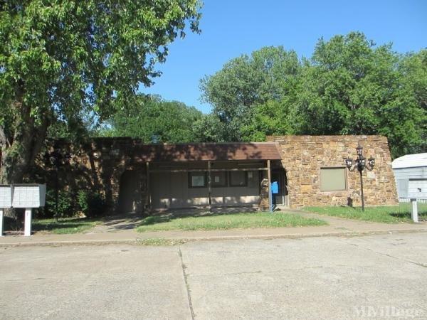 Photo of Oakcreek Mobile Home Park, Tulsa, OK