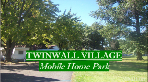 Twinwall Village Mobile Home Park in Toledo, OH