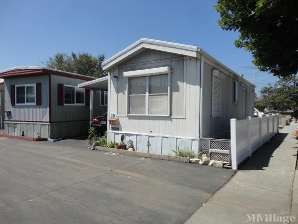Photo of Crestview Lodge For Mobile Homes, Lomita, CA