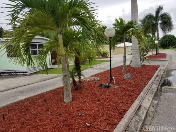 Palm Paradise Park Mobile Home Park in Vero Beach, FL