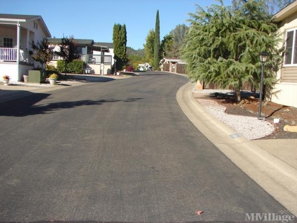 Photo of Twin Lakes Mobile Estates, Shasta Lake, CA