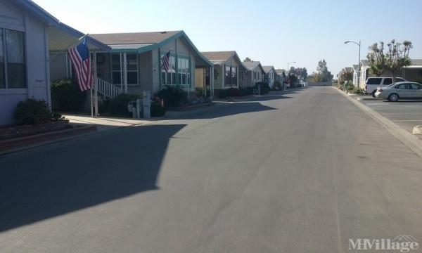 Photo of Oaks Estate MHP, Tulare, CA