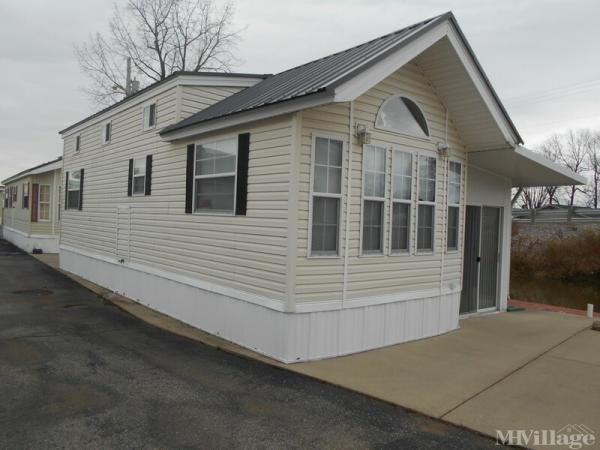 Sunny Cove Resort Mobile Home Park in Russells Point, OH