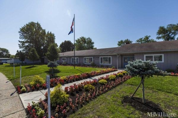 Reynolds Senior Village MHC Mobile Home Park in Toledo, OH