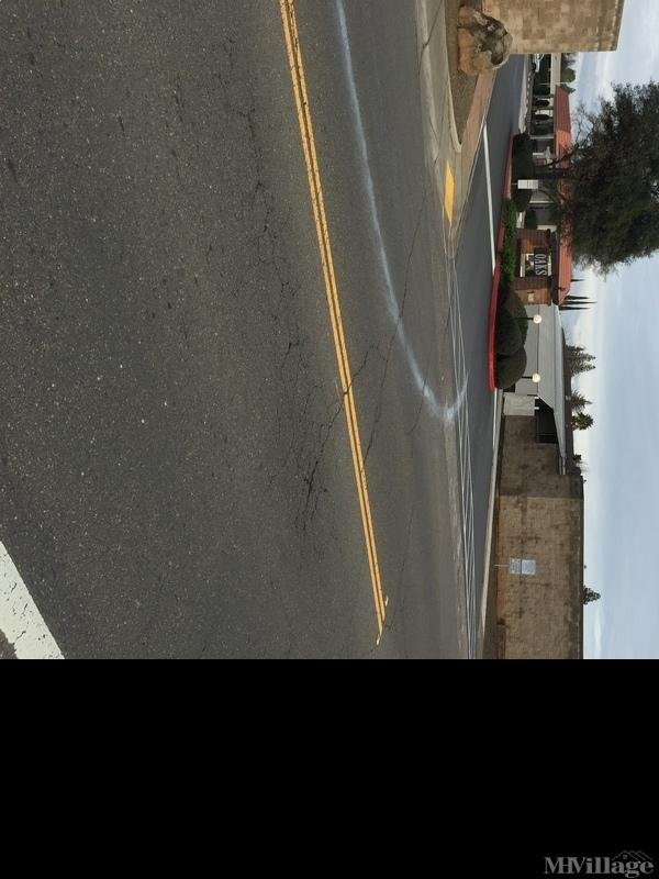 Photo of The Oaks Mobile Home Park, Elk Grove, CA