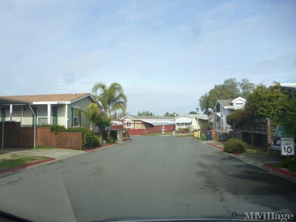 Photo of Emerald Cove Mobilehome Park, Bay Point, CA