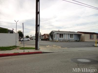 Mobile Home Park in Costa Mesa CA