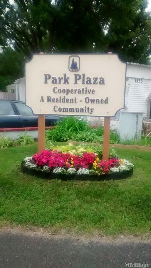 Park Plaza Cooperative Mobile Home Park in Fridley, MN
