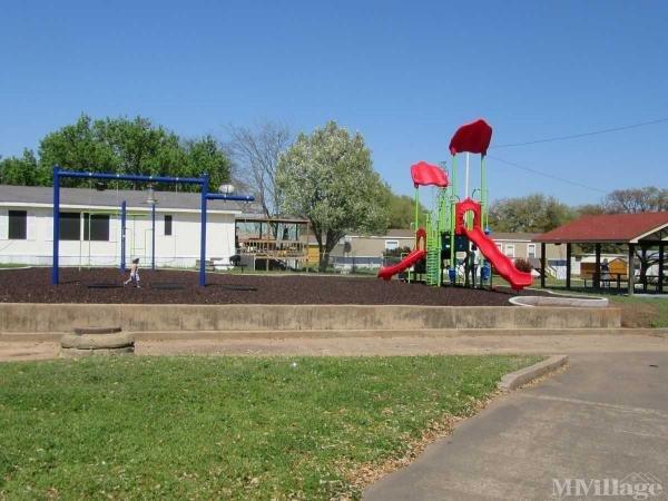 Photo of Redwood Estates, Fort Worth TX