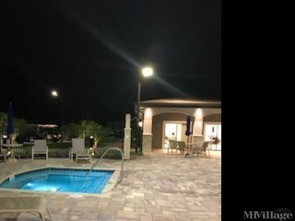 Spa and pool open at night