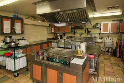 Clubhouse Commercial Kitchen