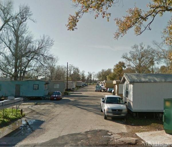 Photo of Westwood Mobile Home Park, Beaumont, TX