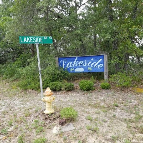 Photo of Lakeside Community, Supply, NC