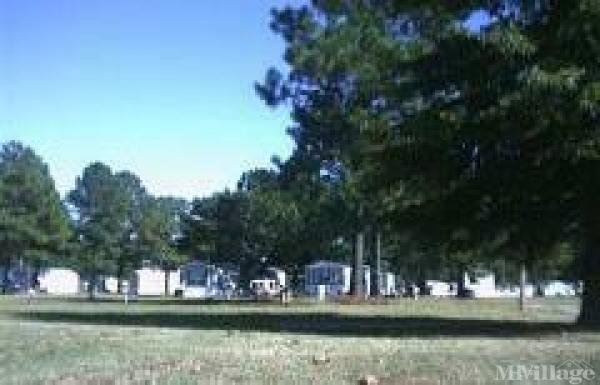 Photo of Westwood Mobile Home Park, Greenville, NC