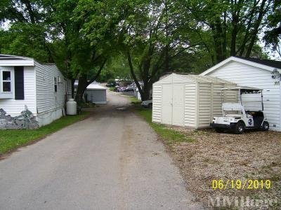 Crystal Lake Campground Mobile Home Park in Lodi, WI ...